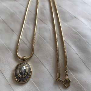 Jewelry - Vintage FI Pendant Necklace